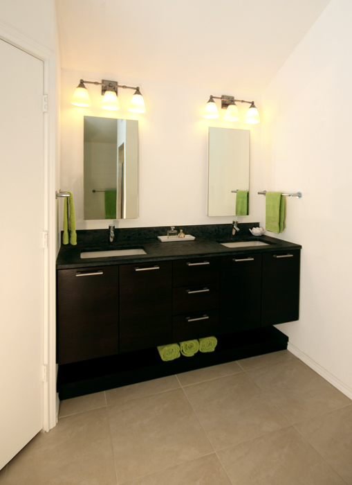 contemporary-bathroom-vanity-counter