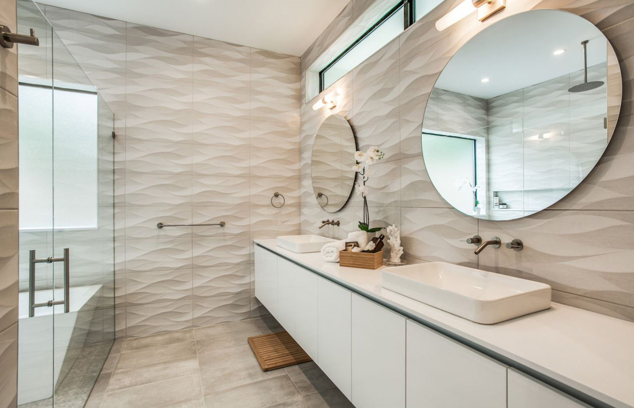 ribbon-house-masterbath-image1