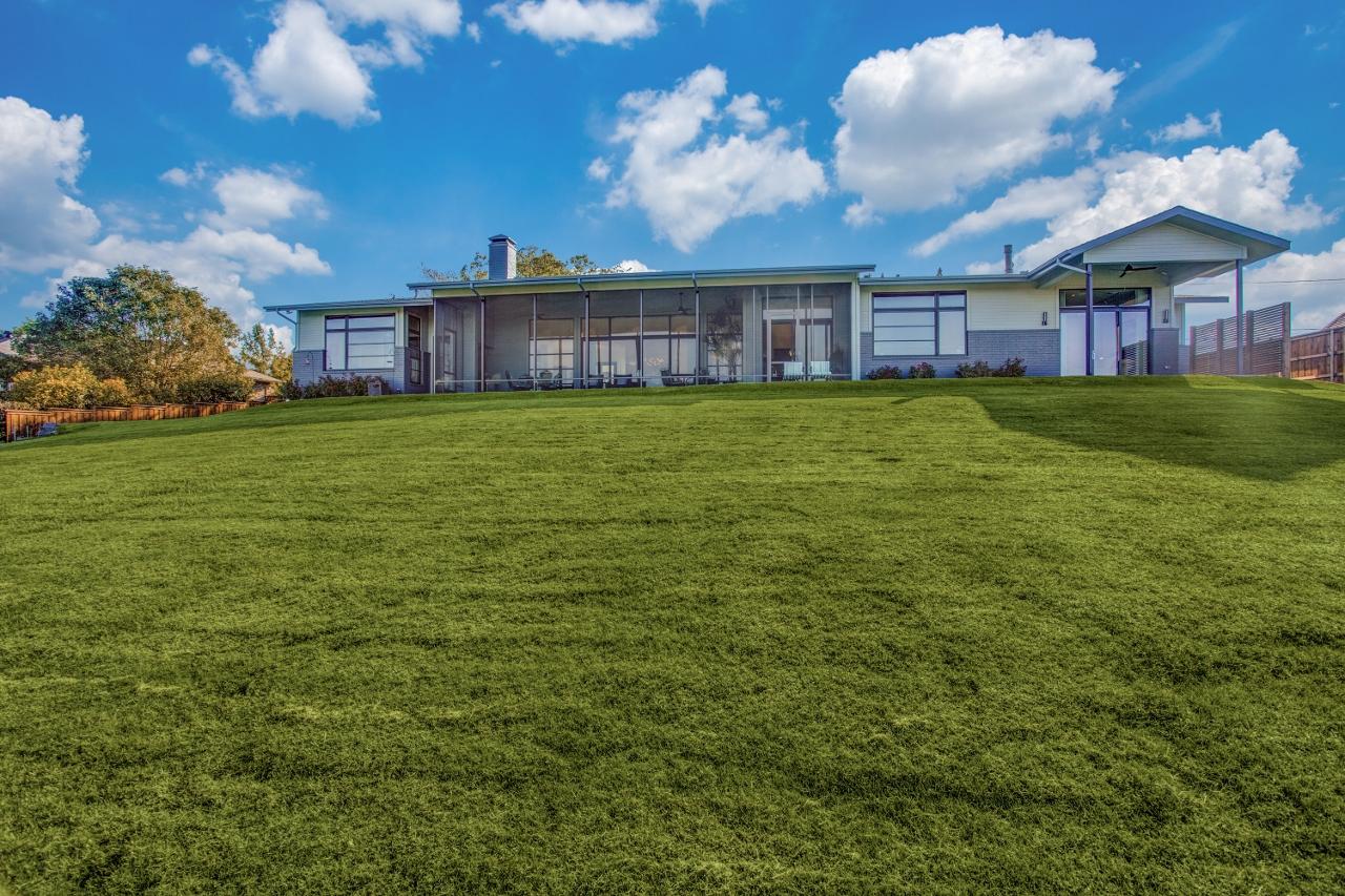Ridge-MCM-House-11